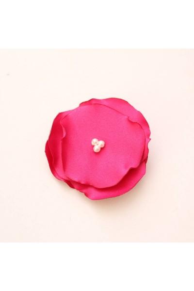 Agrafa floricica textila roz ciclam