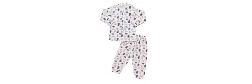 5 pijamale pentru bebeluși până la 6 luni de care te vei îndrăgosti
