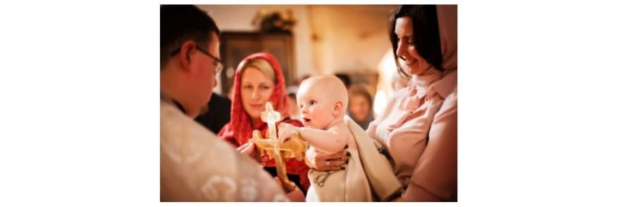 Indatoririle nasei la botez si la baita de a doua zi